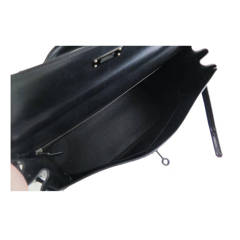Hermes So Black Kelly 35 Boxcalf Leather Black Hardware - Rare For Sale 2