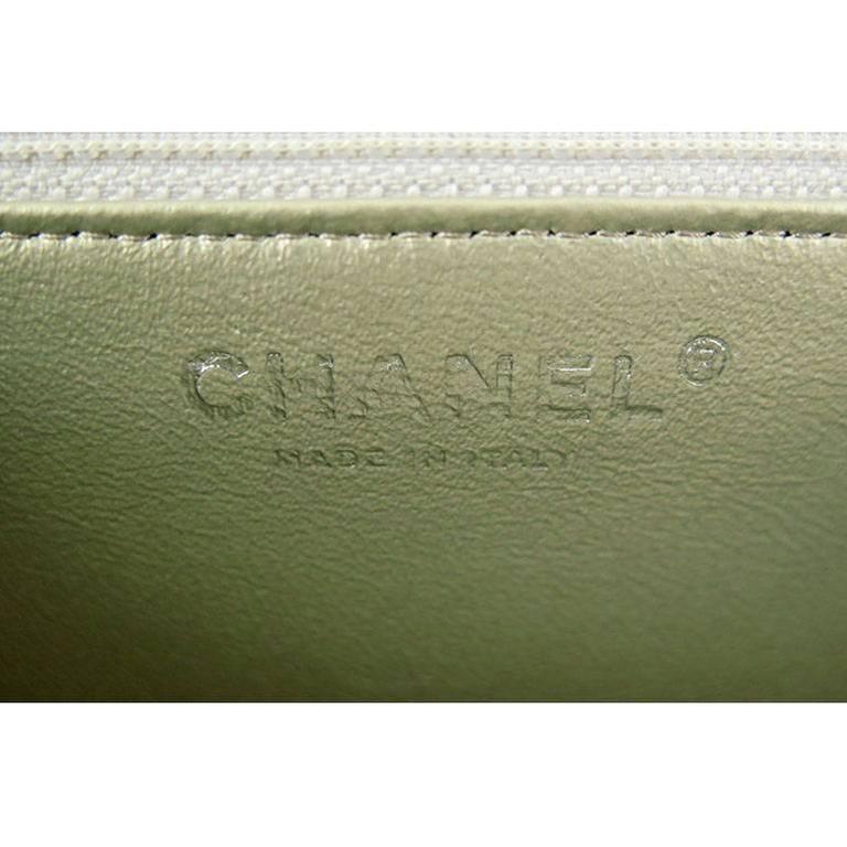 Chanel Reissue Silver Iridescent Calfskin 10inch Medium Clutch 4