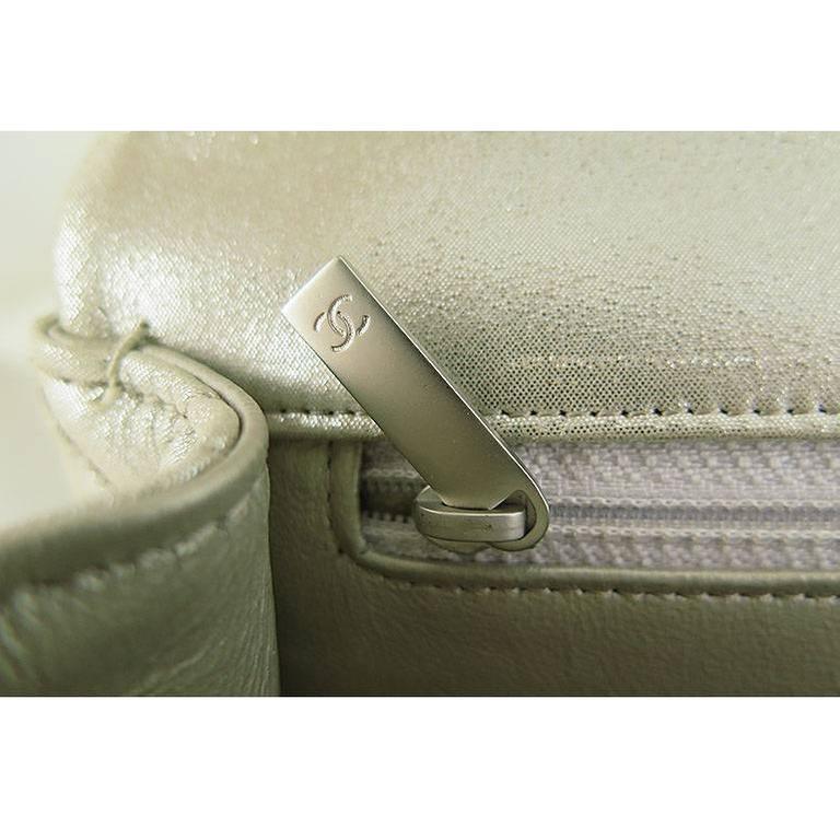 Chanel Reissue Silver Iridescent Calfskin 10inch Medium Clutch 5