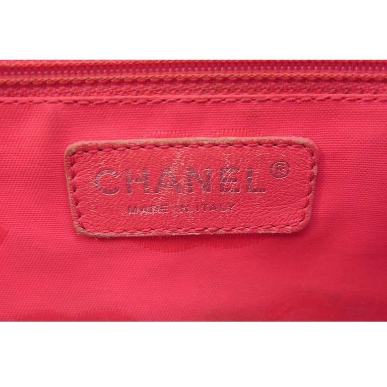 Chanel Jumbo Cambon Black Lambskin CC Shoulder Tote Bag For Sale 1