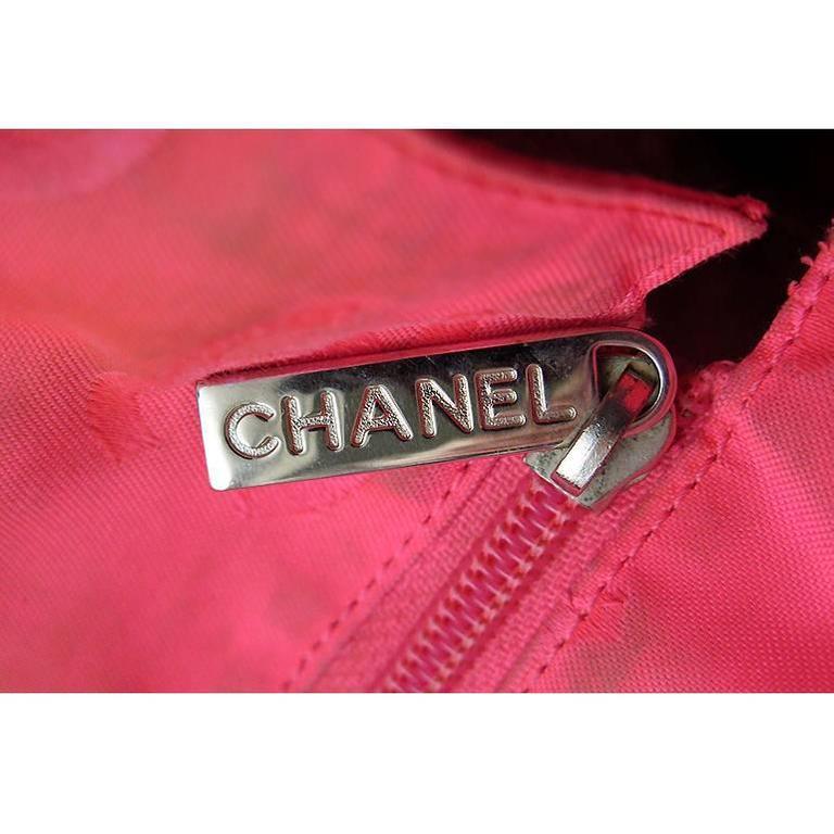 Women's Chanel Jumbo Cambon Black Lambskin CC Shoulder Tote Bag For Sale