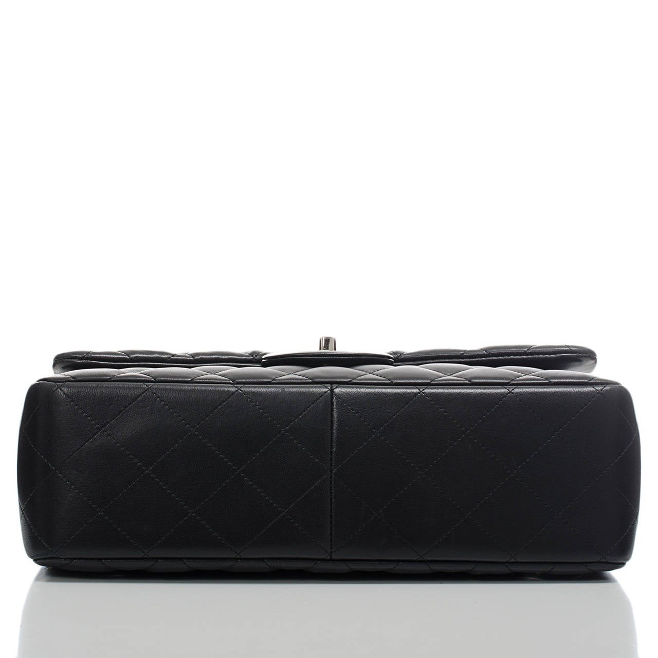 Women's Chanel Black Quilted Lambskin Jumbo Classic Double Flap Bag For Sale