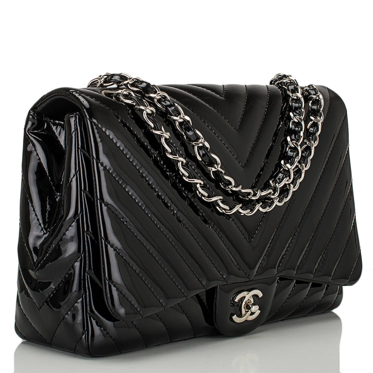 f0a8b7b3834086 Chanel Black Quilted Chevron Patent Jumbo Classic Flap Bag at 1stdibs