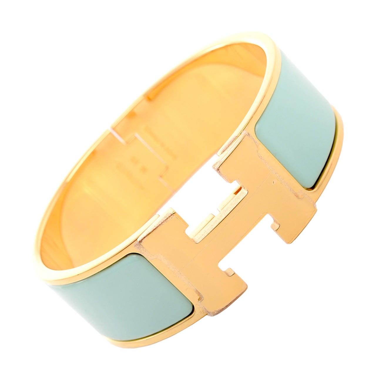 hermes lagoon clic clac h wide enamel bracelet pm at 1stdibs. Black Bedroom Furniture Sets. Home Design Ideas