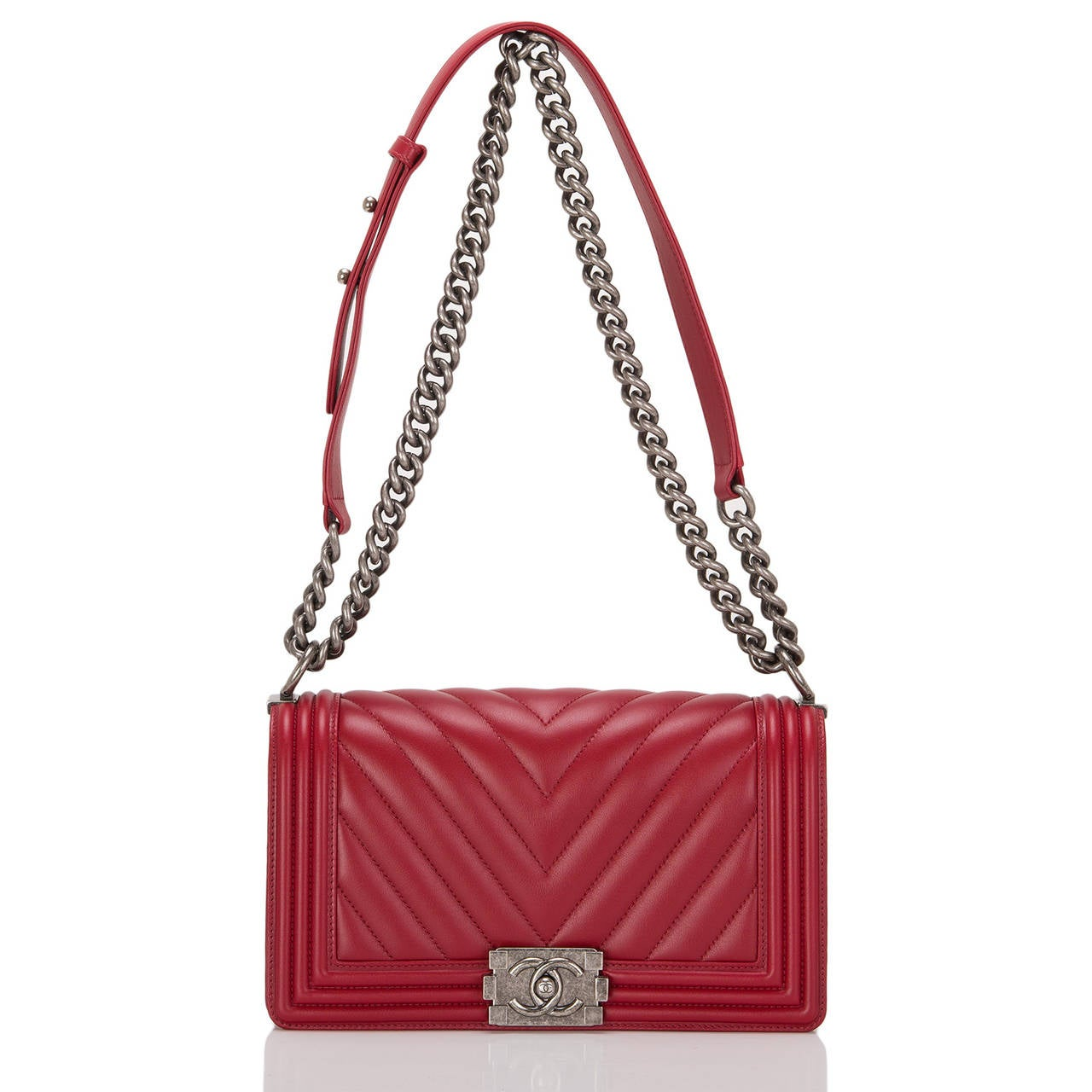 Chanel Red Chevron Medium Boy Bag For Sale 1