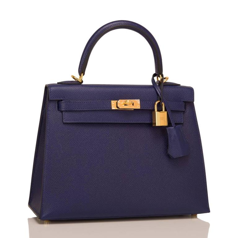 Hermes Blue Sapphire (Bleu Saphir) Sellier Kelly 25cm of epsom leather with gold hardware.  This Sellier Kelly has tonal stitching, a front toggle closure, a clochette with lock and two keys, a single rolled handle and an optional shoulder