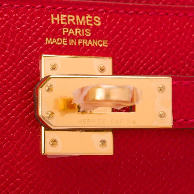 Women's Hermes Rouge Casaque Epsom Sellier Kelly 25cm Gold Hardware For Sale