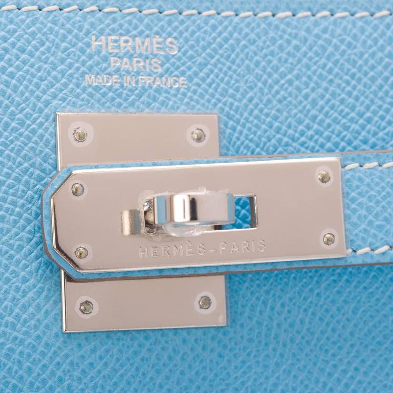 Women's Hermes Bi-color Celeste And Mykonos Epsom Retourne Candy Kelly 32cm For Sale