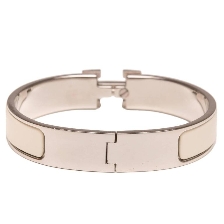 Hermes Ivory Clic Clac H Narrow Enamel Bracelet PM In Excellent Condition For Sale In New York, NY