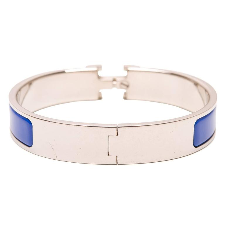 Hermes blue enamel h clic clac h narrow enamel bracelet gm for Housse clic clac new york
