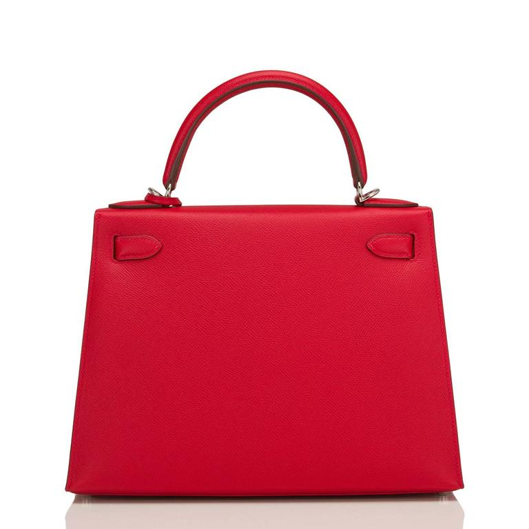 Hermes Rouge Casaque Epsom Sellier Kelly 28cm Palladium Hardware In New never worn Condition For Sale In New York, NY