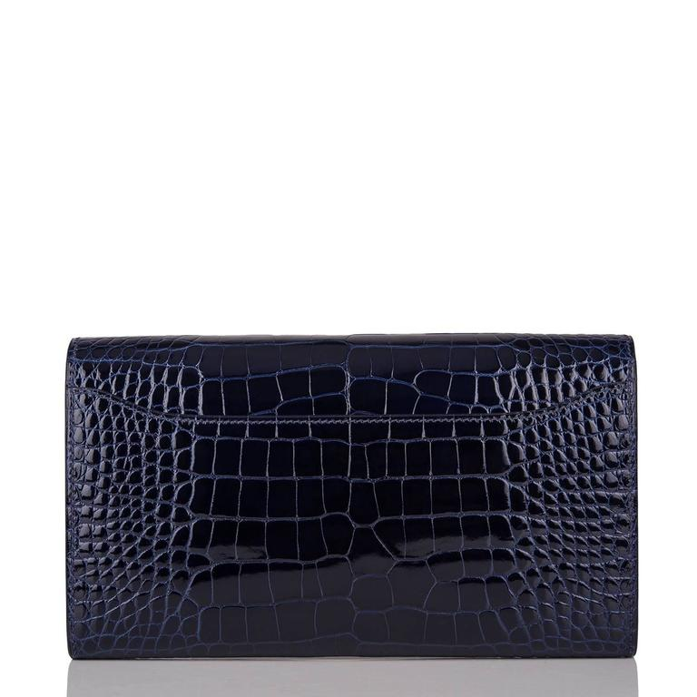 Hermes Blue Marine Alligator Constance Long Clutch Wallet In New never worn Condition For Sale In New York, NY