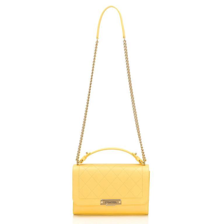 Chanel Yellow Caviar Medium Label Click Flap Bag NEW For Sale 2