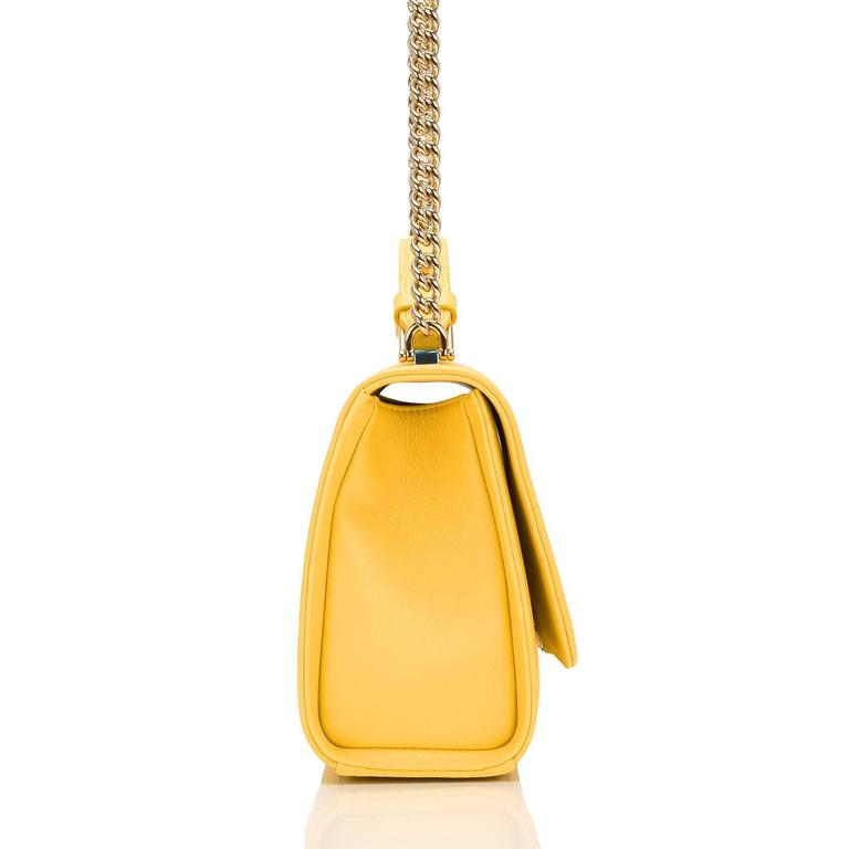 Chanel Yellow Caviar Medium Label Click Flap Bag NEW In New Never_worn Condition For Sale In New York, NY