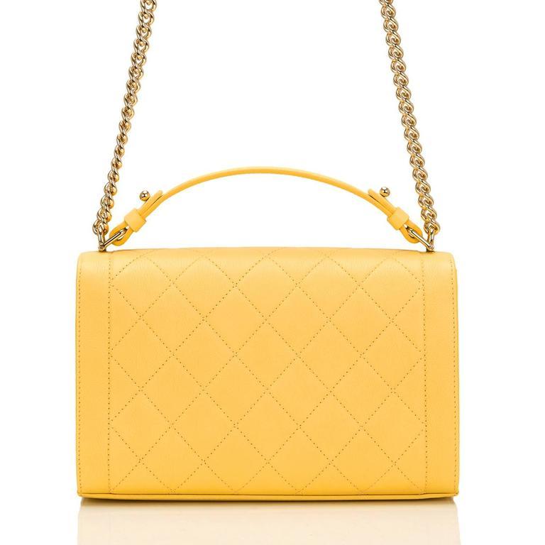 Women's Chanel Yellow Caviar Medium Label Click Flap Bag NEW For Sale
