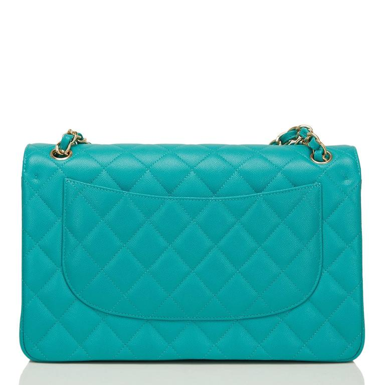 Chanel Turquoise Quilted Caviar Jumbo Classic Double Flap Bag In New never worn Condition For Sale In New York, NY