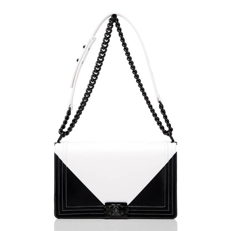 Chanel Black and White Geometric Lambskin New Medium Boy Bag For Sale 1