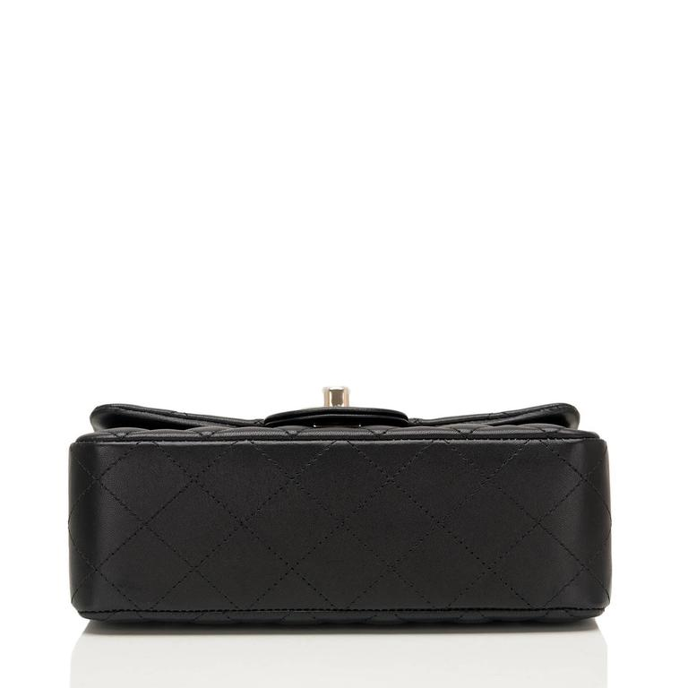 Chanel Black Quilted Lambskin Rectangular Mini Classic Flap Bag For Sale 1