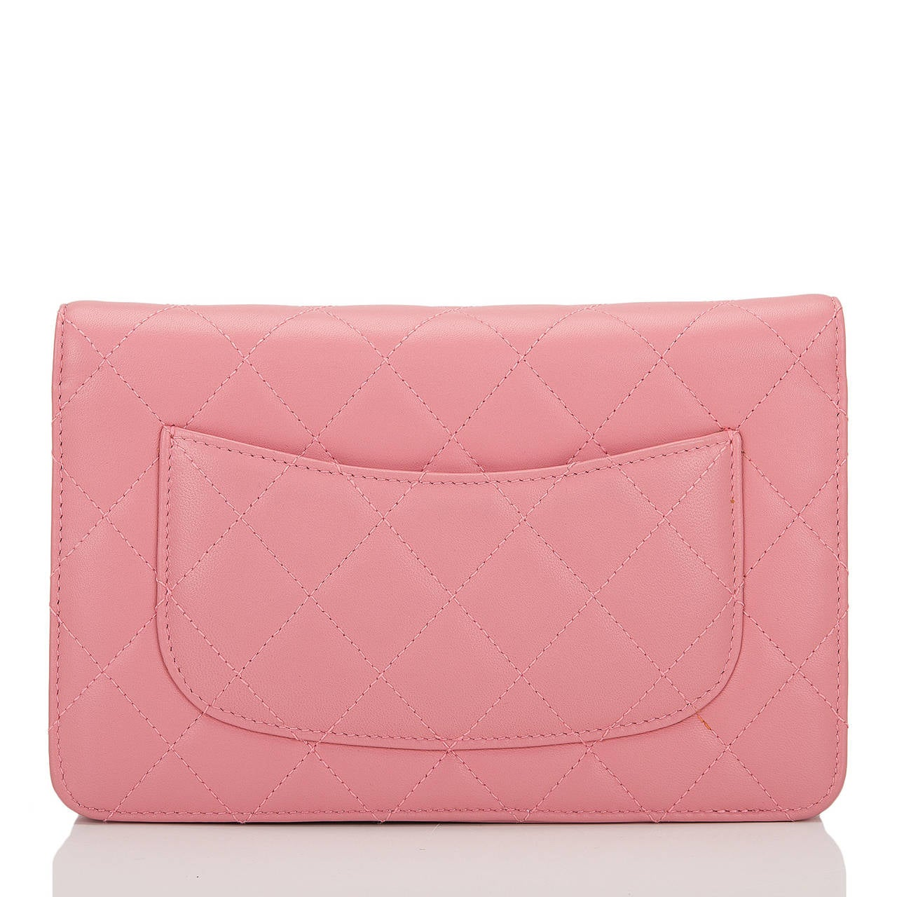 Chanel Blush Pink Lambskin Classic Wallet On Chain (WOC) In New Never_worn Condition For Sale In New York, NY