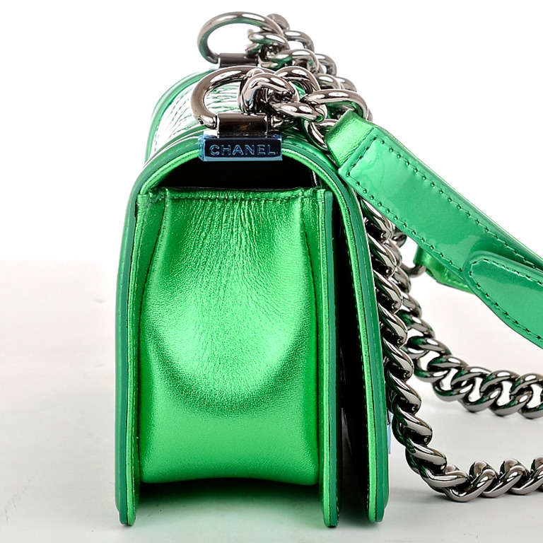 Chanel Metallic Green Patent Small Boy Bag Image 3