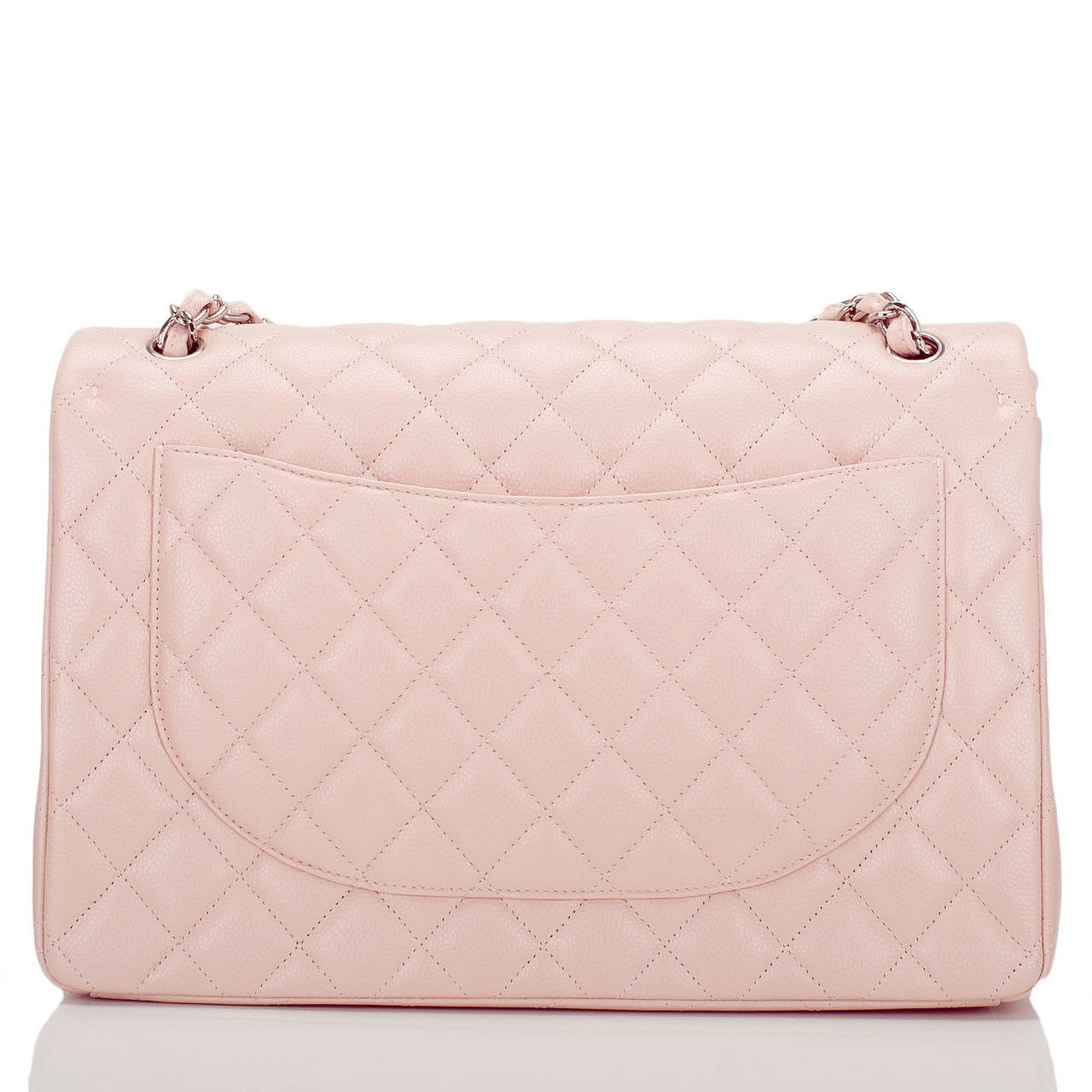 Chanel Light Pink Quilted Caviar Maxi Classic Double Flap Bag In New never worn Condition For Sale In New York, NY