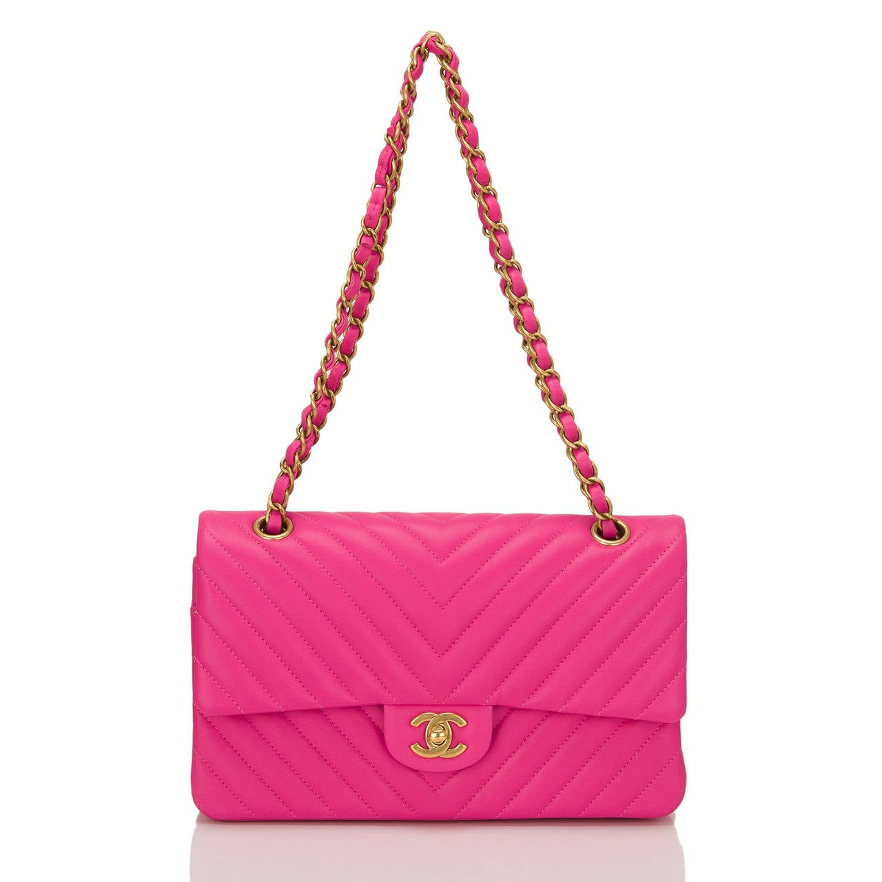 Women's Chanel Fuchsia Chevron Medium Classic Double Flap Bag For Sale