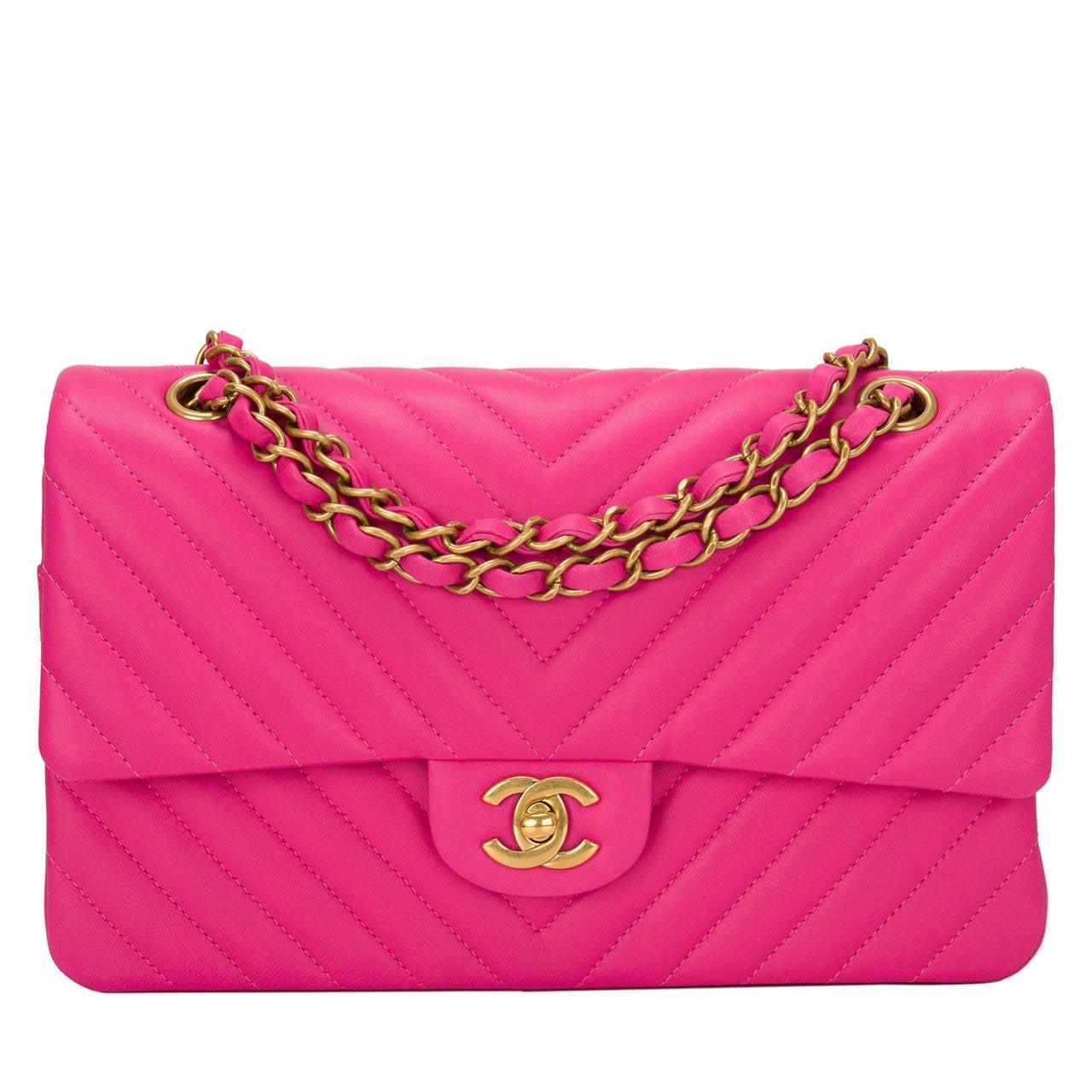 Chanel Fuchsia Chevron Medium Classic Double Flap Bag For Sale