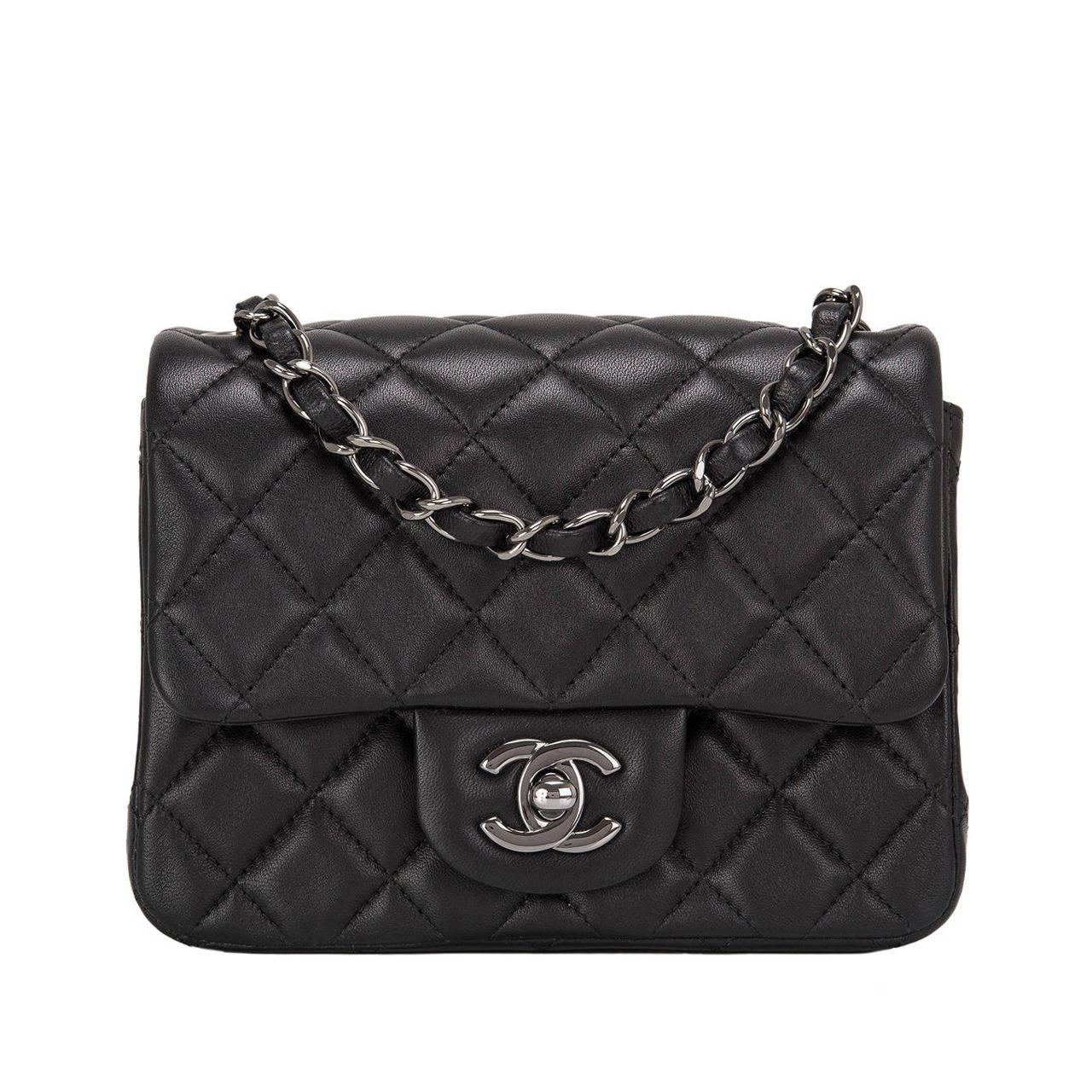 Zipper Flap Crossbody Bag 32