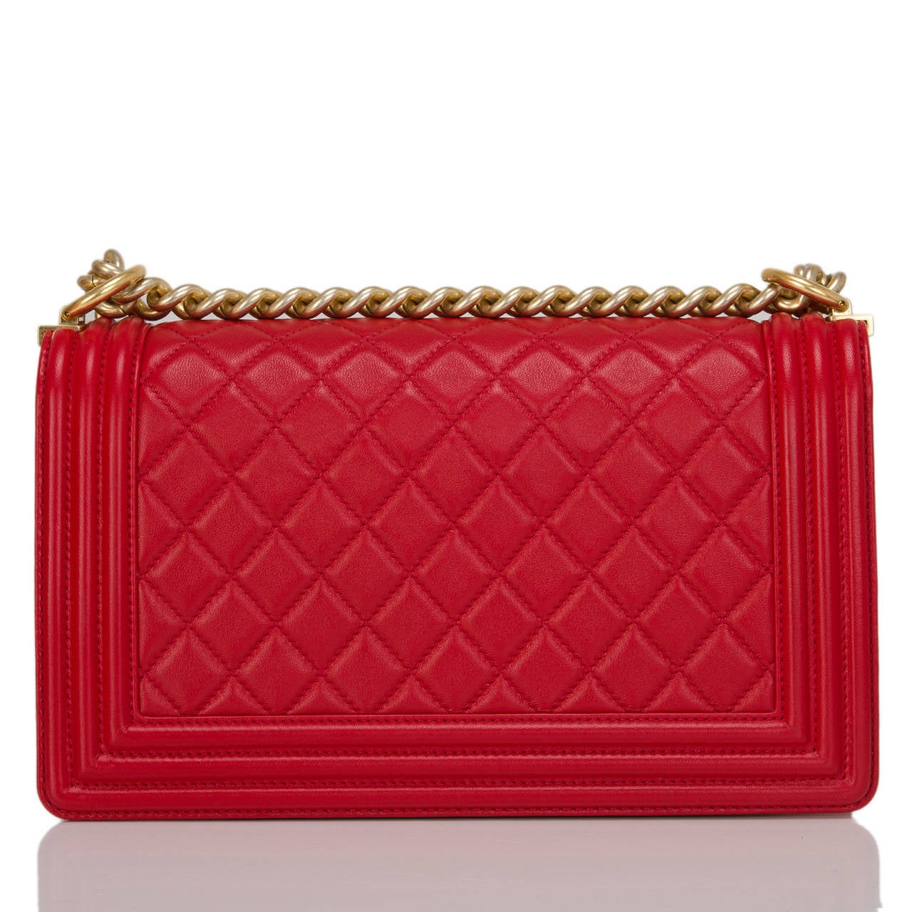 Chanel Red Quilted Lambskin Medium Boy Bag In New never worn Condition For Sale In New York, NY