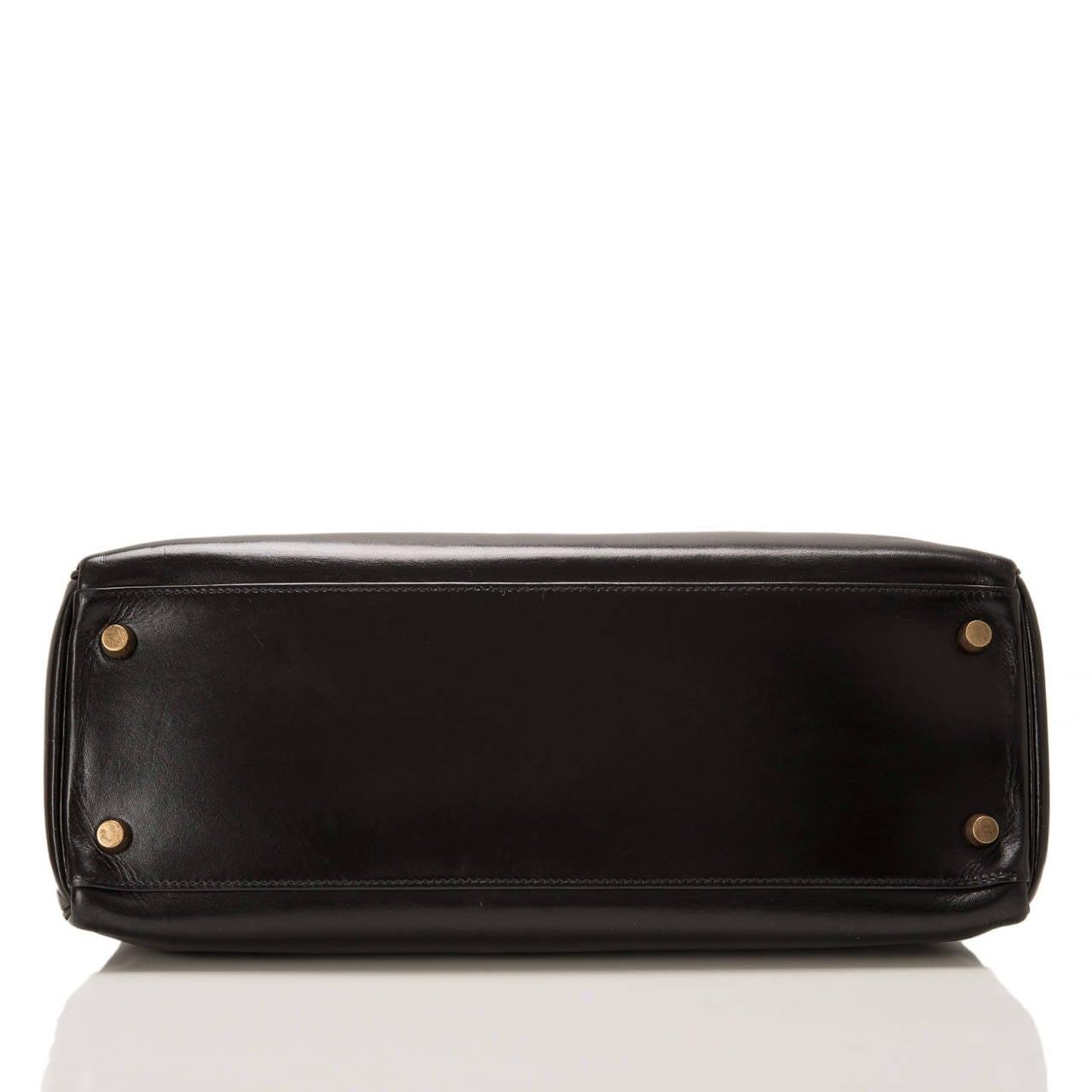 Women's Hermes Vintage Black Box Kelly 32cm Gold Hardware For Sale