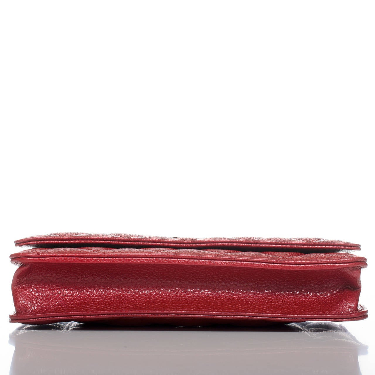 Chanel Dark Pink Classic Quilted Glazed Caviar Wallet On Chain (WOC) In New Never_worn Condition For Sale In New York, NY