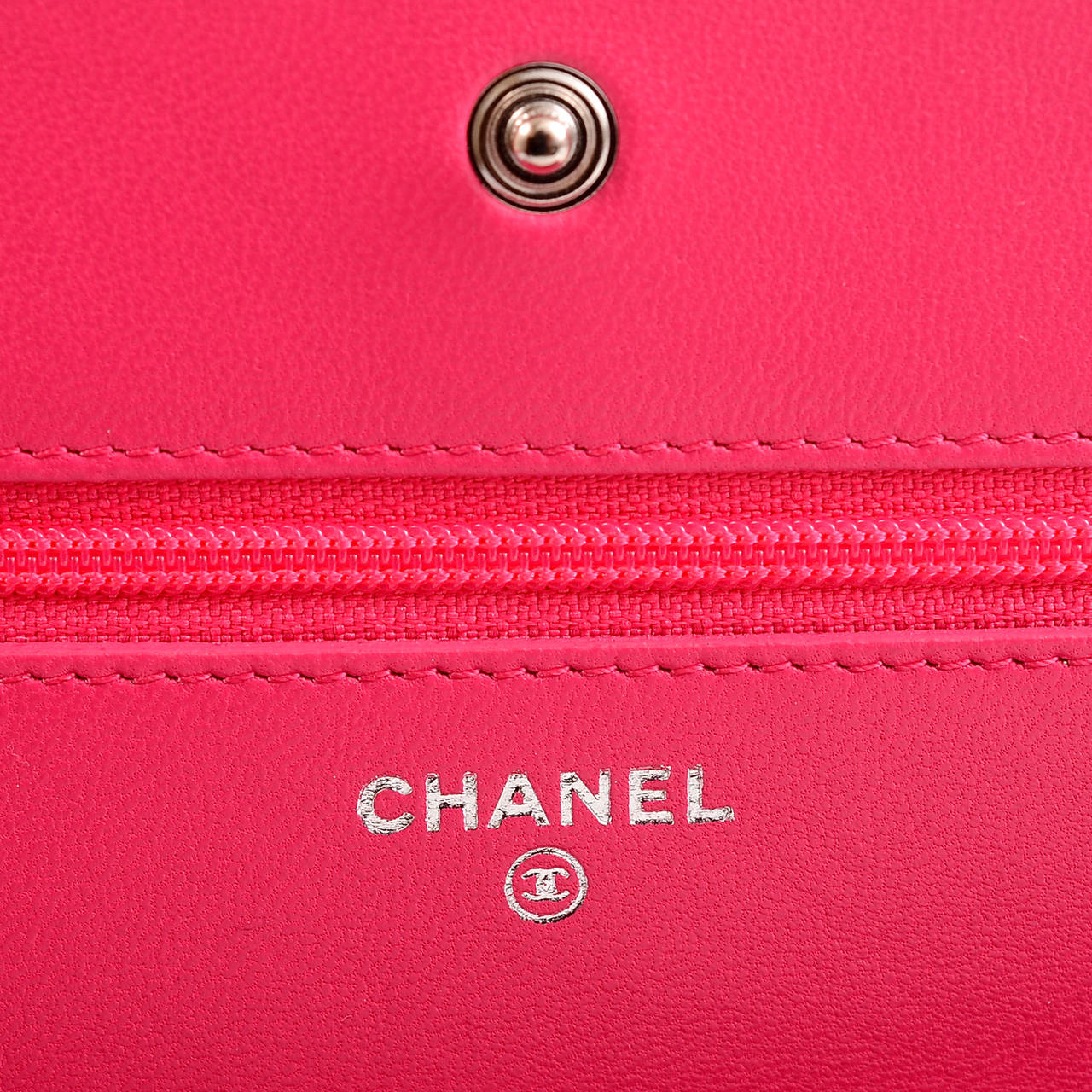 Chanel Fuchsia Pink Classic Quilted Lambskin Wallet On Chain (WOC) For Sale 5