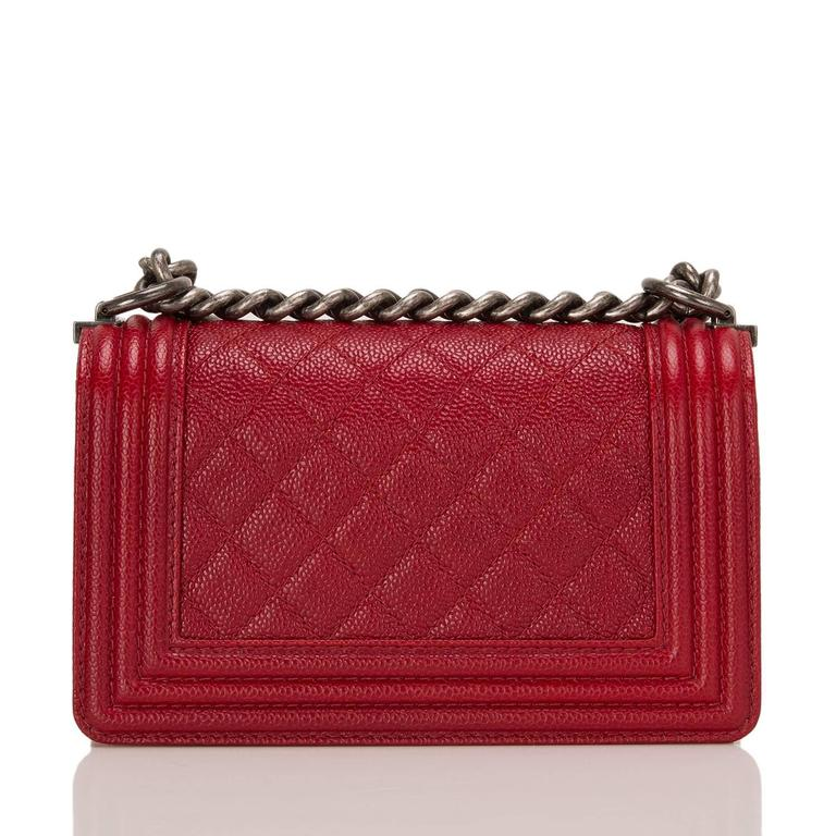 Chanel Dark Red Quilted Caviar Small Boy Bag In New never worn Condition For Sale In New York, NY