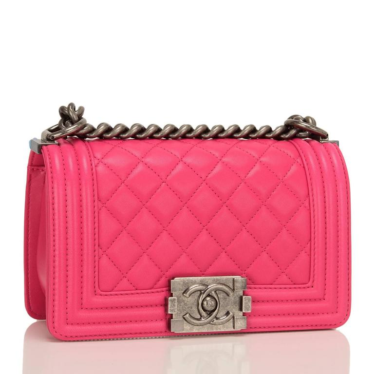 Chanel Fuchsia Pink Lambskin Small Boy Bag In New Never_worn Condition For Sale In New York, NY