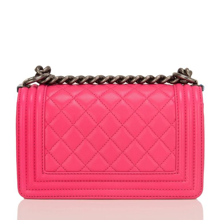 Women's Chanel Fuchsia Pink Lambskin Small Boy Bag For Sale