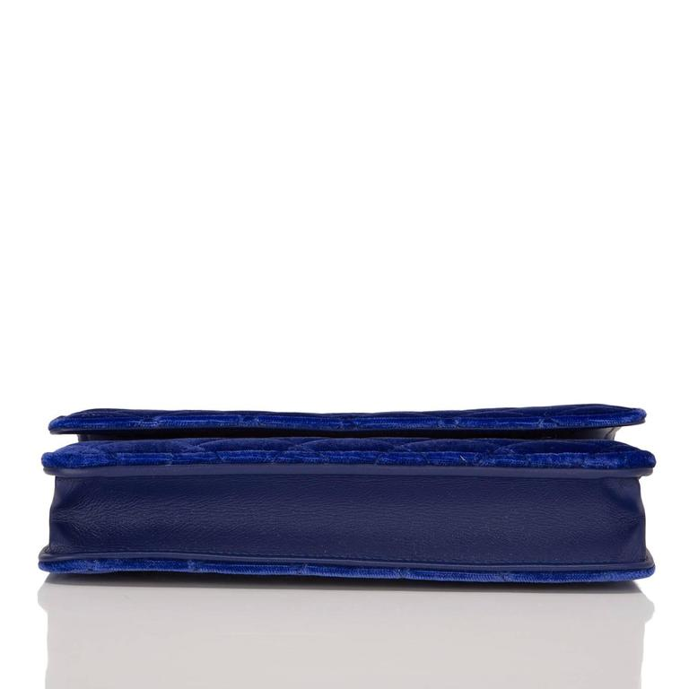 Women's Chanel Electric Blue Velvet Classic Quilted Wallet On Chain (WOC) For Sale