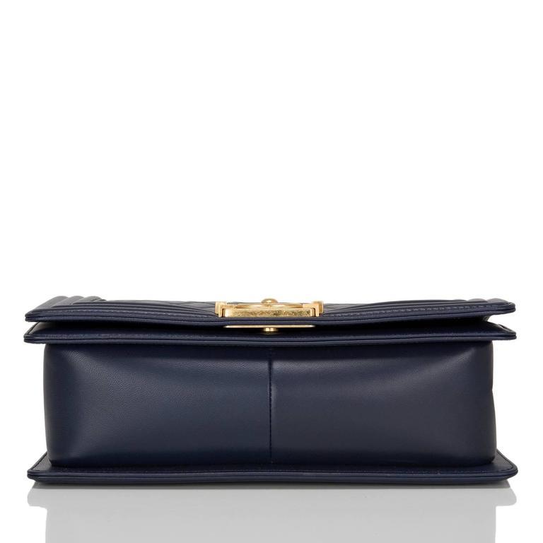 Women's Chanel Navy Quilted Calfskin Medium Boy Bag For Sale