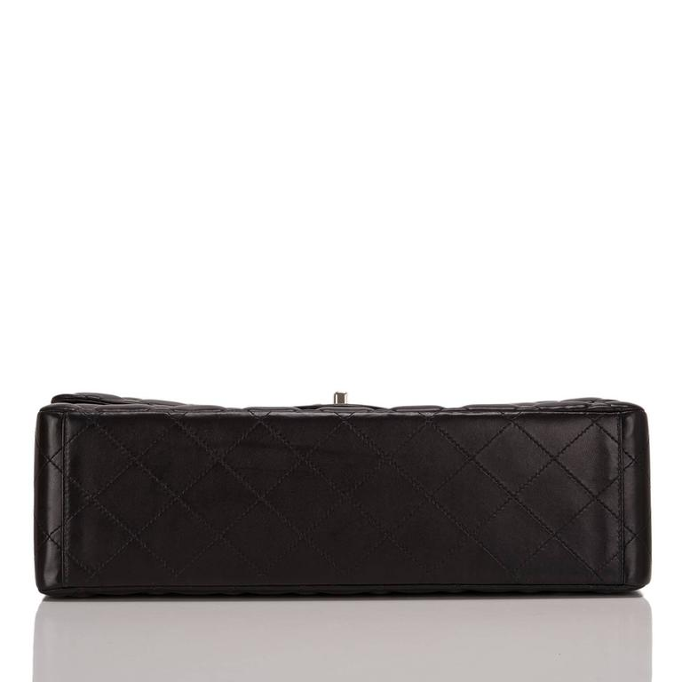 Women's Chanel Black Quilted Lambskin Maxi Classic Double Flap Bag For Sale