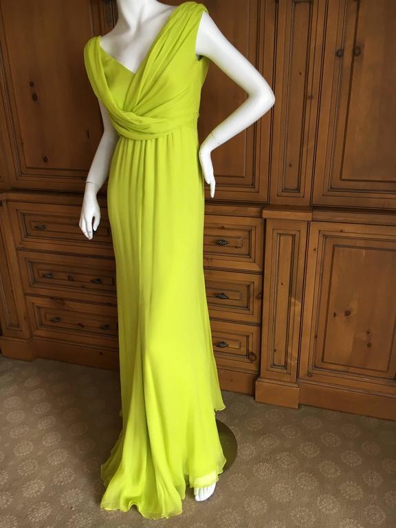 Oscar de la Renta Neon Green Silk Chiffon Goddess Gown In Excellent Condition For Sale In San Francisco, CA