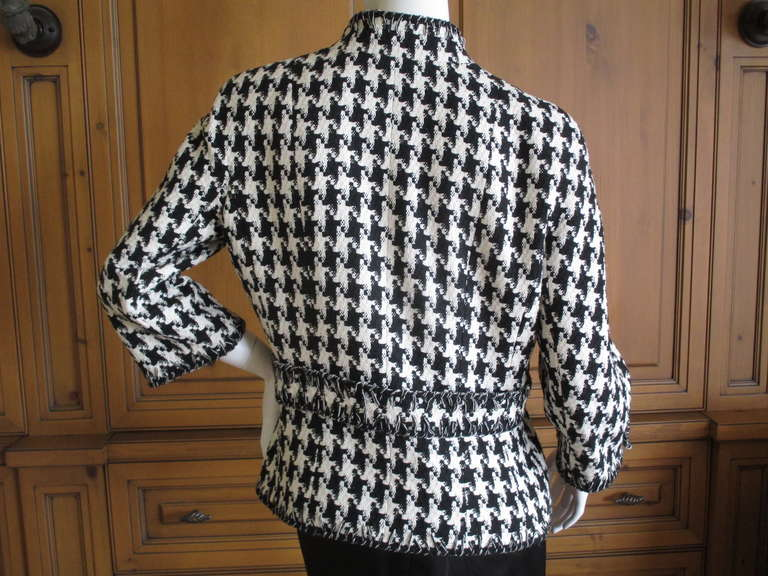 Chanel Classic Black and White Houndstooth Tweed Jacket 4