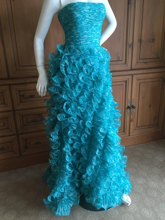 """Oscar de la Renta Terrific Turquoise Vintage Ruffled Strapless Evening Gown  Featuring a full interior corset, the fabric looks like shimmering Caribbean waves, so pretty.  Size 2  Bust 34"""" Waist 24"""" Hips 44"""" Length 54""""  Excellent"""