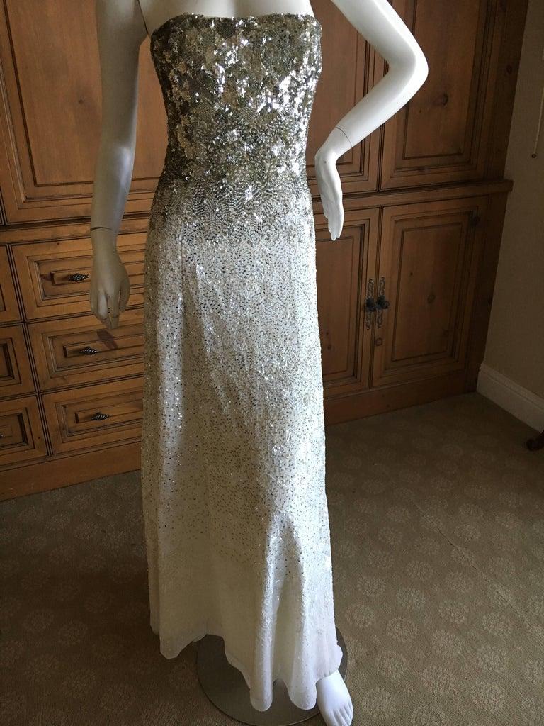 Oscar de la Renta Strapless Silver White Built in Corset Sequin Evening Dress In Excellent Condition For Sale In San Francisco, CA