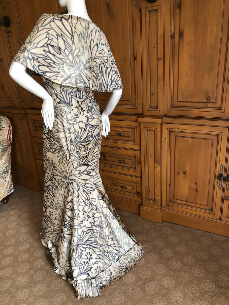 Oscar de la Renta for Bergdorf Goodman Strapless Silk Evening Dress with Shawl For Sale 3