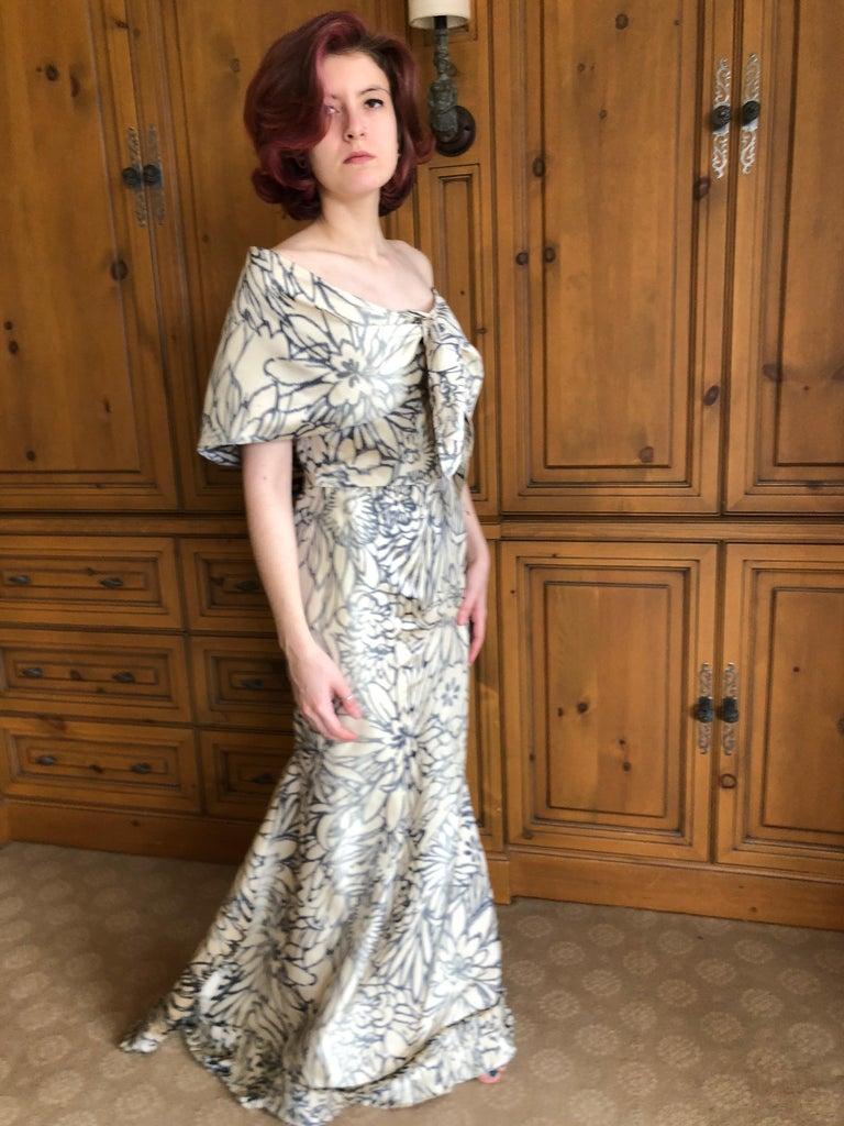 Oscar de la Renta for Bergdorf Goodman Strapless Silk Evening Dress with Shawl For Sale 6