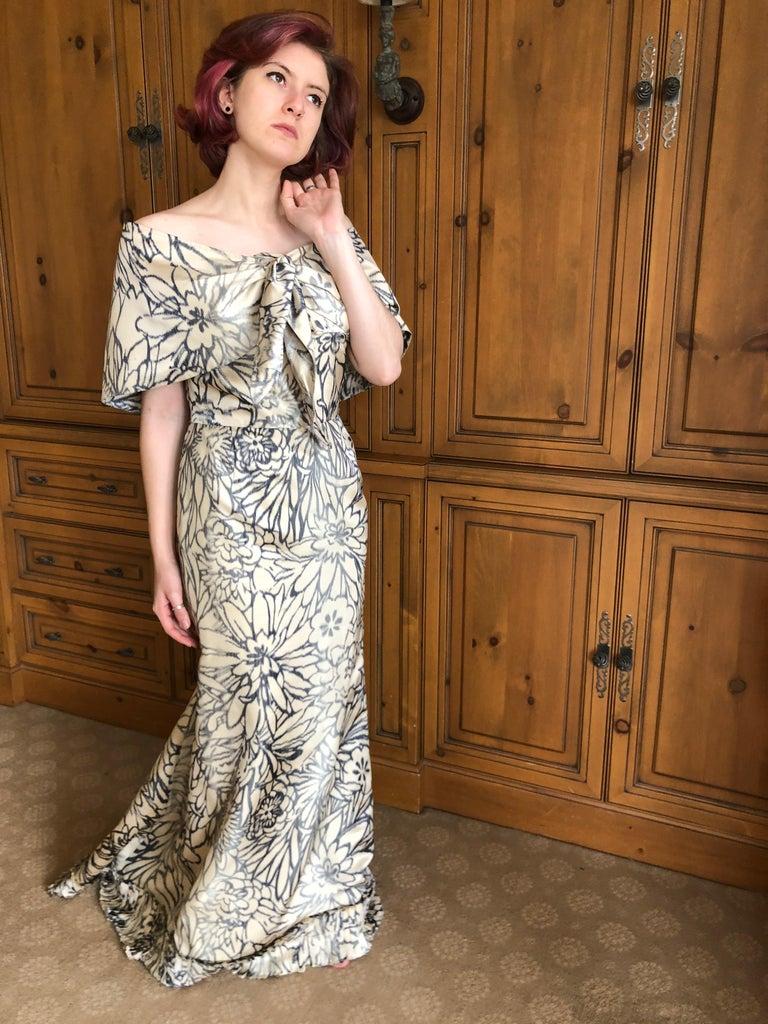 Oscar de la Renta for Bergdorf Goodman Strapless Silk Evening Dress with Shawl For Sale 9