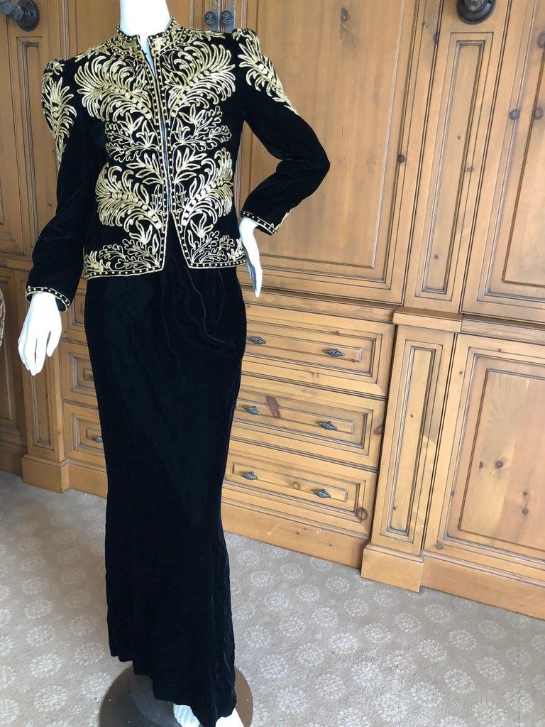 Oscar de la Renta Heavily Gold Embellished Black Velvet Vintage 1980's Jacket In Excellent Condition For Sale In San Francisco, CA
