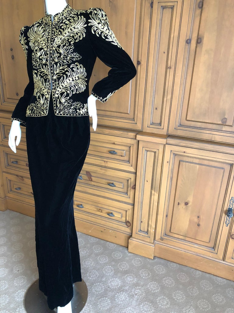 Oscar de la Renta Heavily Gold Embellished Black Velvet Vintage 1980's Jacket For Sale 2