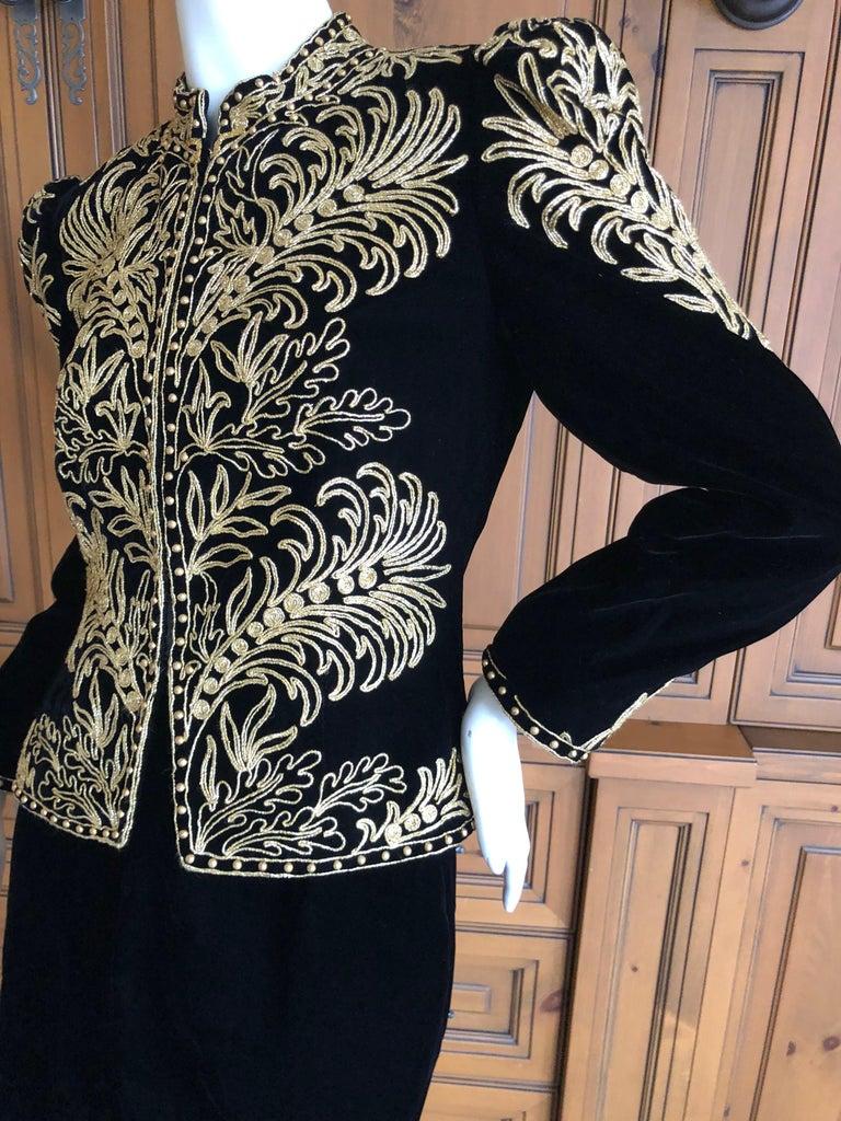 Oscar de la Renta Heavily Gold Embellished Black Velvet Vintage 1980's Jacket For Sale 3