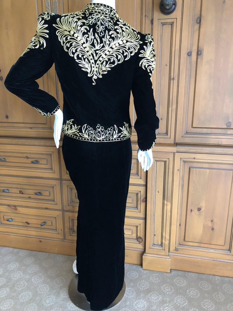 Oscar de la Renta Heavily Gold Embellished Black Velvet Vintage 1980's Jacket For Sale 4