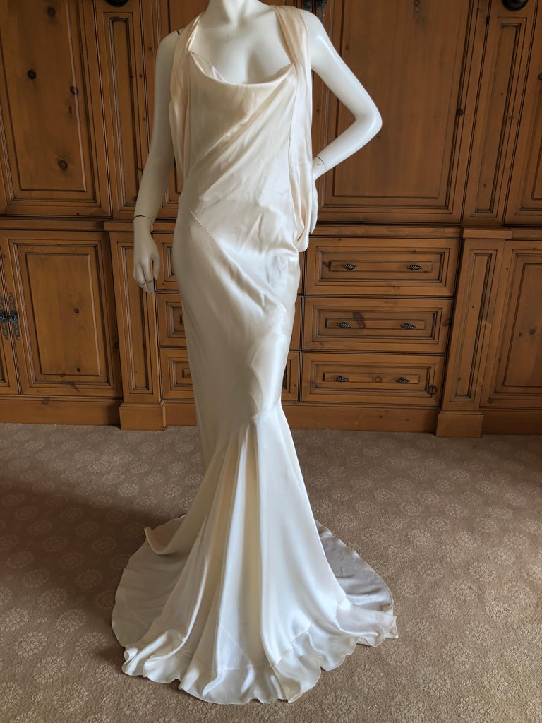 Alexander McQueen Daring Ivory Duchesse Silk Satin Evening or Wedding Dress In Excellent Condition For Sale In San Francisco, CA